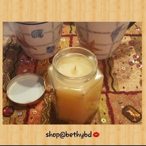 Home Interiors & Gifts Candle in a Jar